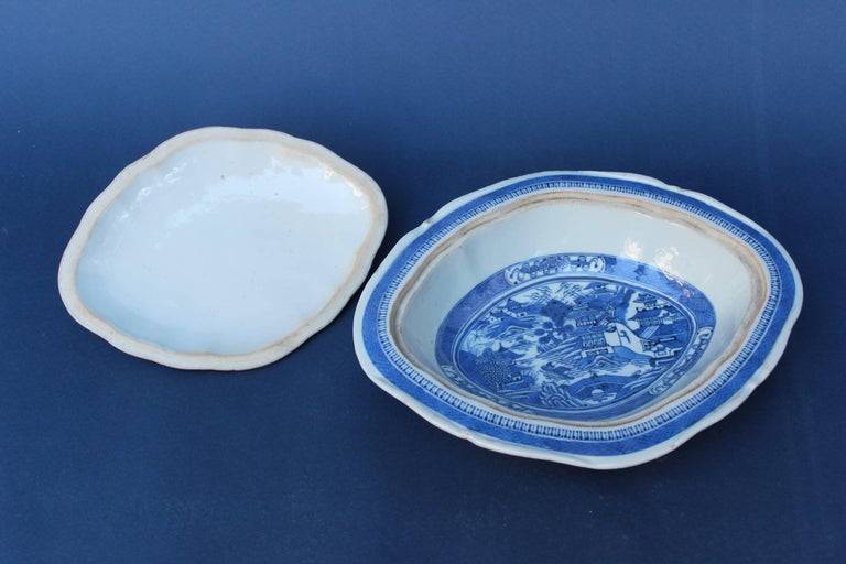18th Century and Earlier Blue and White Chinese Canton Covered Dish For Sale