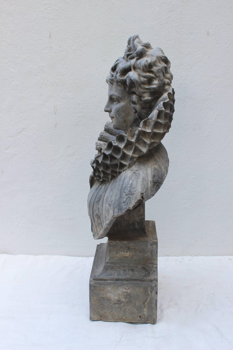 Large Bust of a Continental Lady For Sale 3