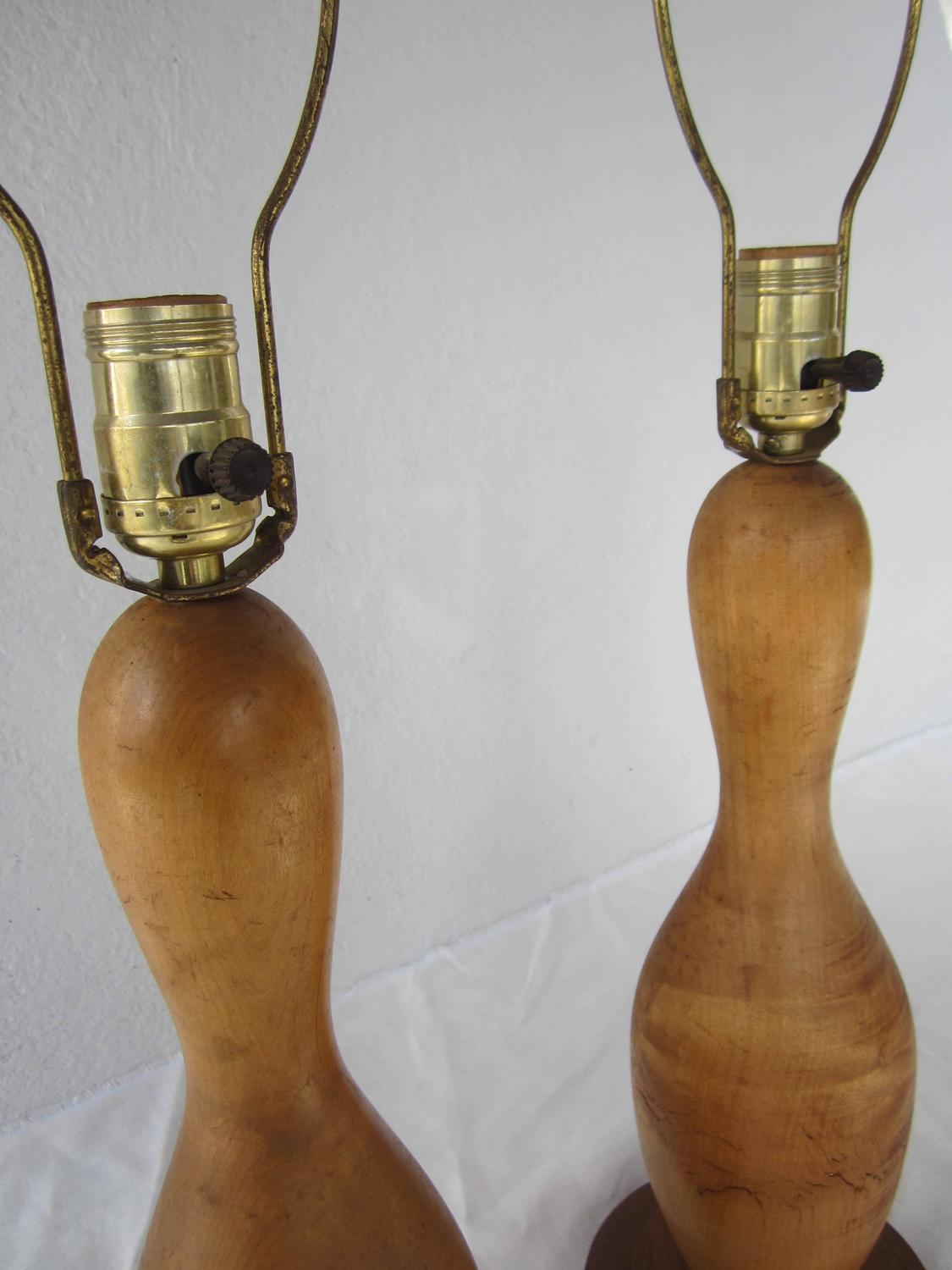 pair of antique gourd shape lamps for sale at 1stdibs. Black Bedroom Furniture Sets. Home Design Ideas