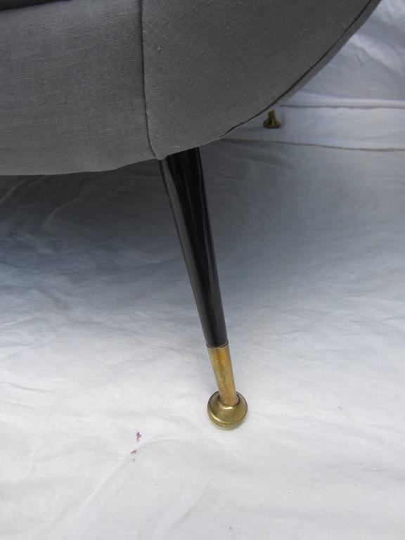 20th Century Pair of Italian Armchairs by Gigi Radice for Minotti For Sale