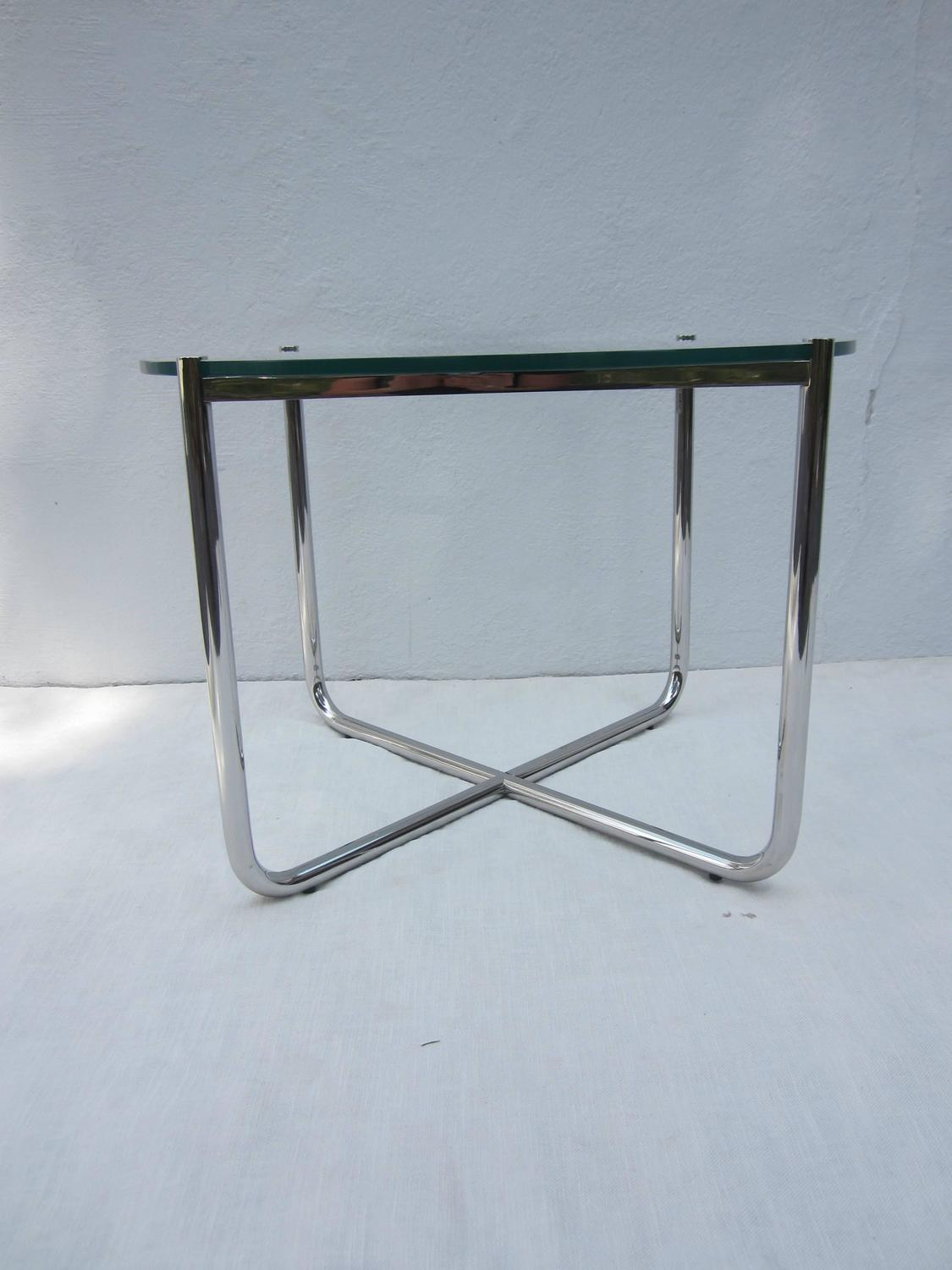 side table by mies van der rohe for knoll for sale at 1stdibs. Black Bedroom Furniture Sets. Home Design Ideas