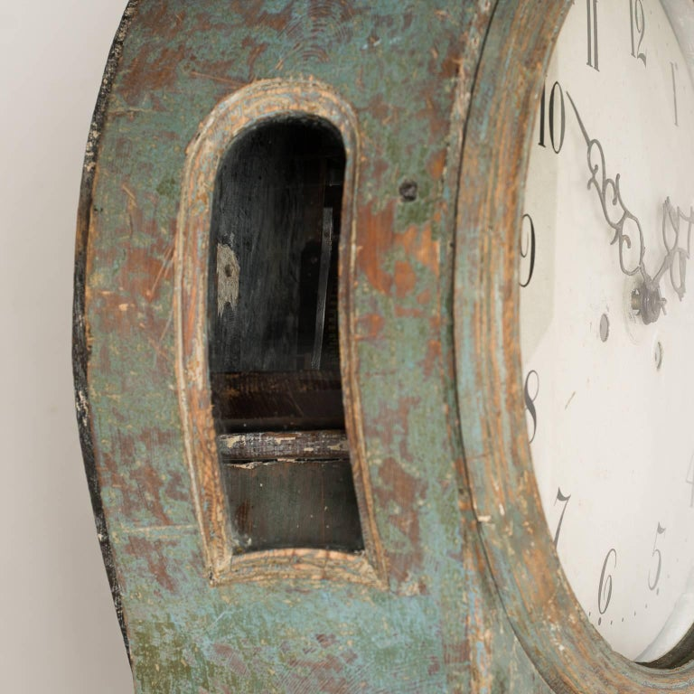 Swedish Rococo Period Mora Clock in Original Blue Paint, circa 1775 In Good Condition For Sale In New Preston, CT