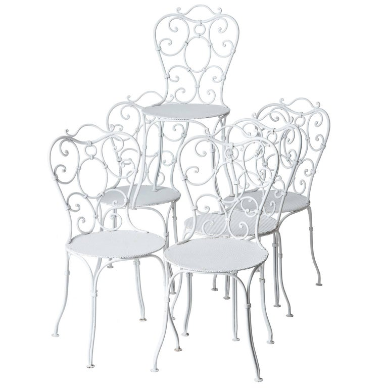 Set of Six French Wrought Iron Garden Chairs, circa 1940 For Sale