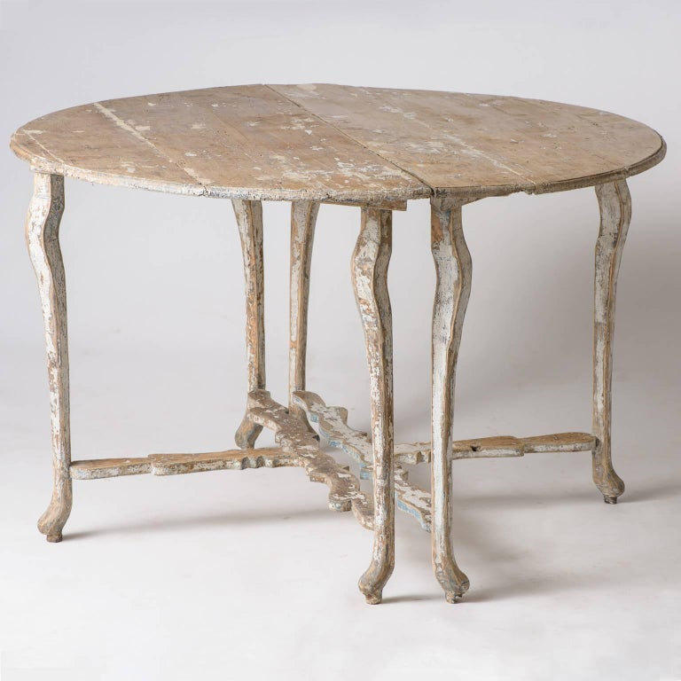 Pair of Late 18th Century Italian Demilune Tables In Good Condition For Sale In New Preston, CT