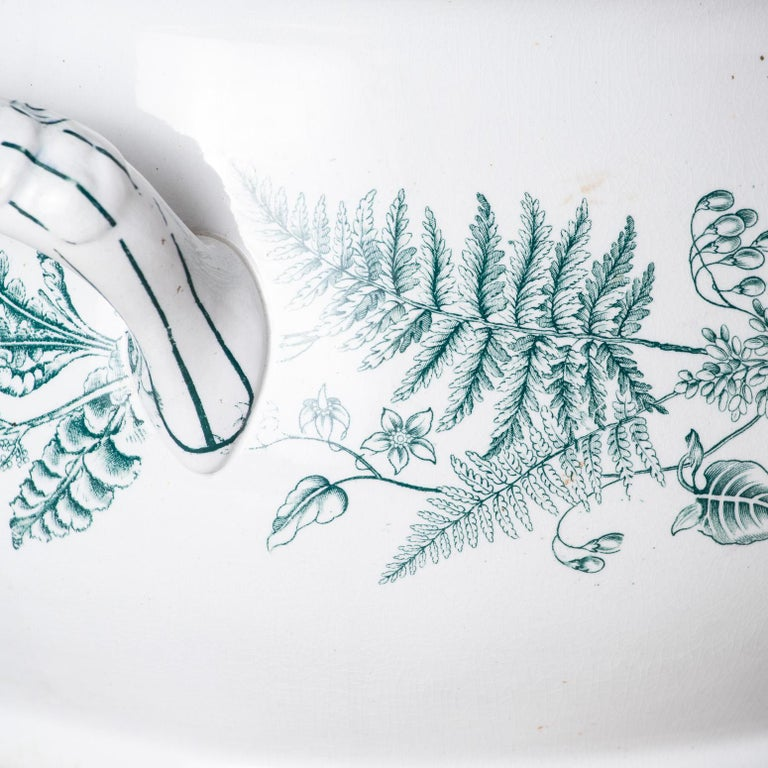 European English Transferware Foot-Tub with Green Ferns, circa 1860 For Sale