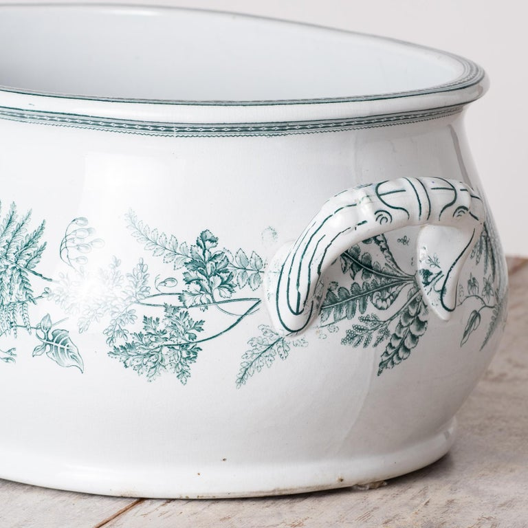 English Transferware Foot-Tub with Green Ferns, circa 1860 In Excellent Condition For Sale In New Preston, CT