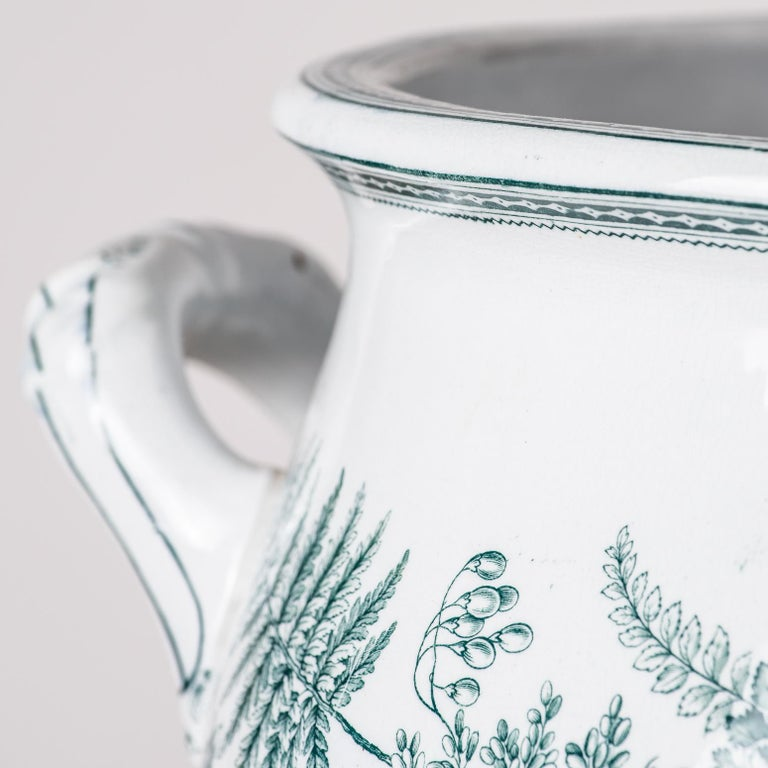 19th Century English Transferware Foot-Tub with Green Ferns, circa 1860 For Sale