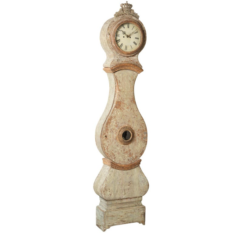 Swedish Mora Clock with Crown in Pale Green Paint, circa 1800 For Sale