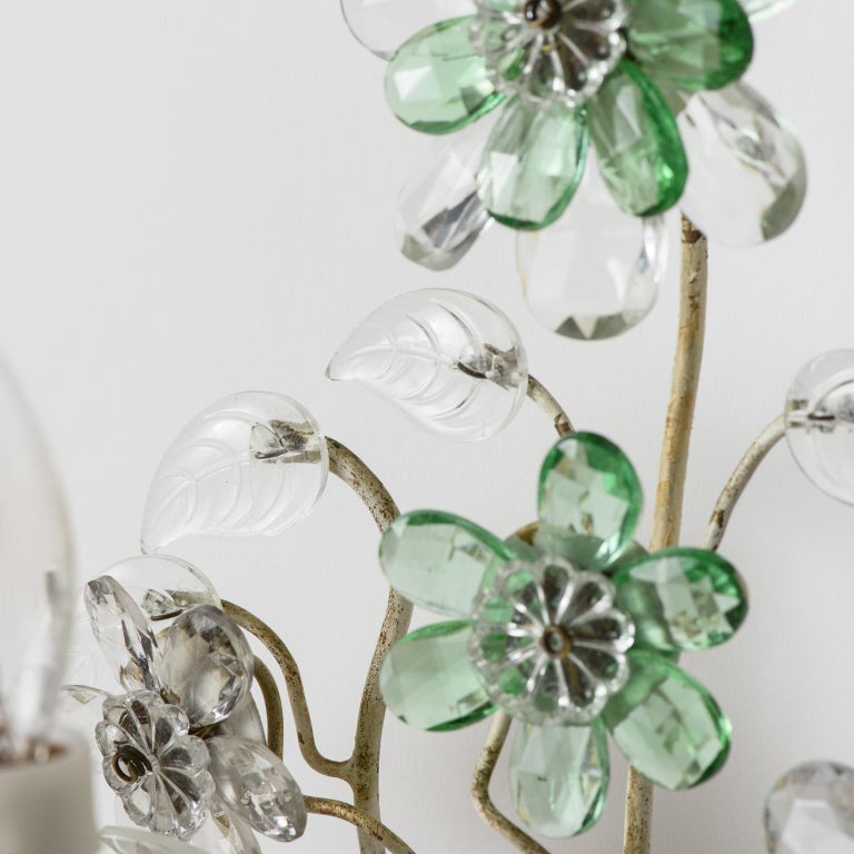 20th Century Pair of French Crystal Flowers Sconces, circa 1940 For Sale