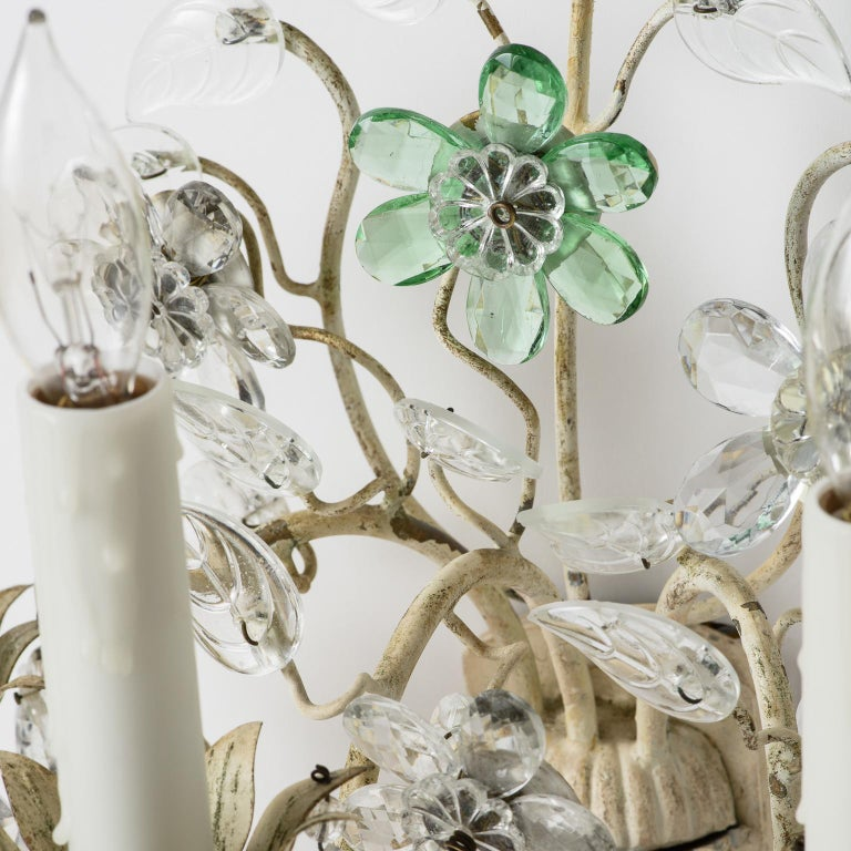 Pair of French Crystal Flowers Sconces, circa 1940 For Sale 5