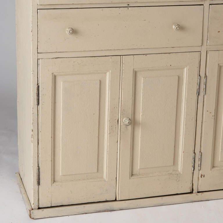 French Late 19th Century Cupboard with Glass Doors, circa 1890 In Good Condition For Sale In New Preston, CT
