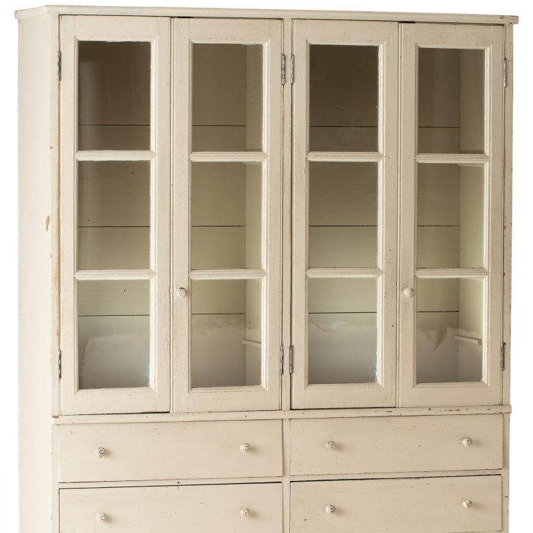 French Late 19th Century Cupboard with Glass Doors, circa 1890 For Sale 6