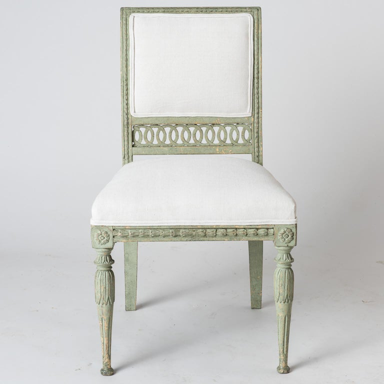 Pair of Swedish Gustavian Period Side Chairs in Old Green Paint, circa 1800 For Sale 2