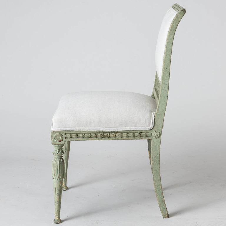 Pair of Swedish Gustavian Period Side Chairs in Old Green Paint, circa 1800 For Sale 3