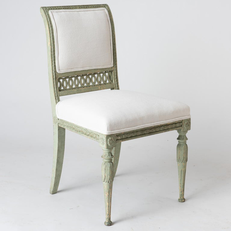 Pair of Swedish Gustavian Period Side Chairs in Old Green Paint, circa 1800 For Sale 4