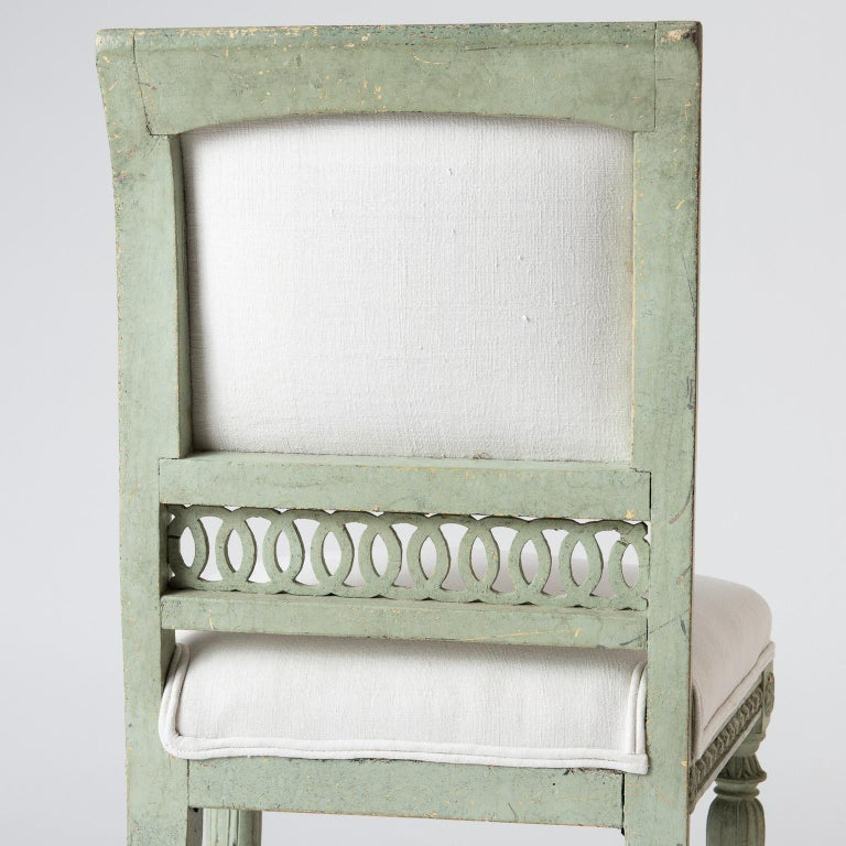 Pair of Swedish Gustavian Period Side Chairs in Old Green Paint, circa 1800 For Sale 5