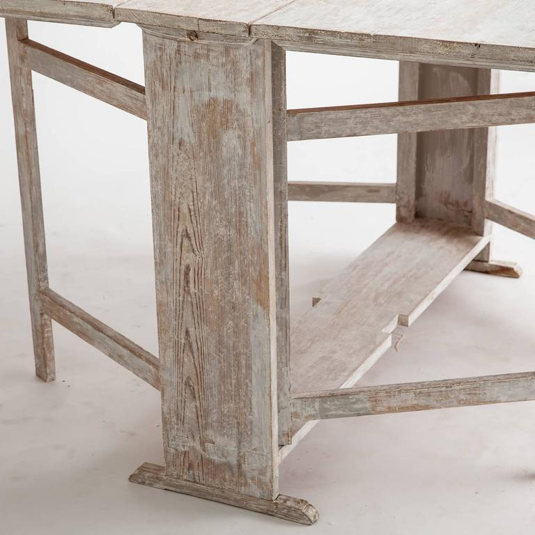 Swedish Drop Leaf Table With Original Painted Surface, Circa 1820 3