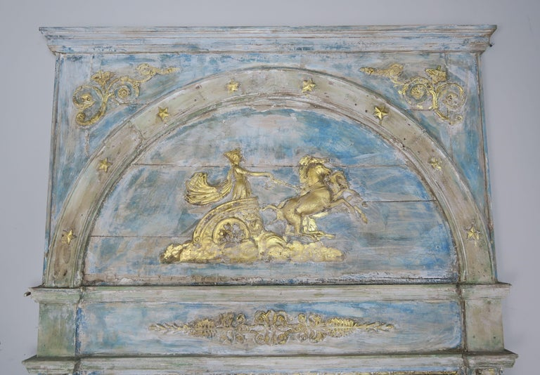 Roman Classical Style Painted Mirror with Chariot and Horses In Distressed Condition For Sale In Los Angeles, CA