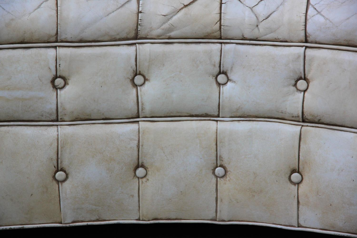 Leather tufted chesterfield style love seat for sale at for Decor jewelry chesterfield