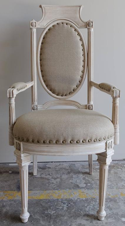 Set of Eight Italian Neoclassical Style Dining Chairs In Distressed Condition For Sale In Los Angeles, CA