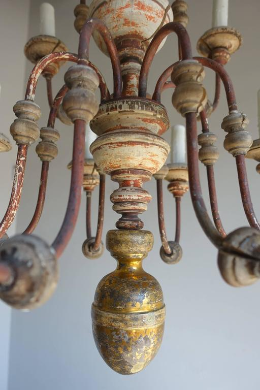 Twelve-Light Italian Wood and Iron Painted Chandelier For Sale 1