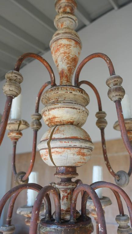 Twelve-Light Italian Wood and Iron Painted Chandelier For Sale 2