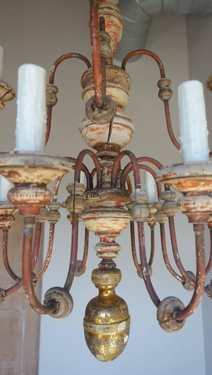 Twelve-Light Italian Wood and Iron Painted Chandelier For Sale 3