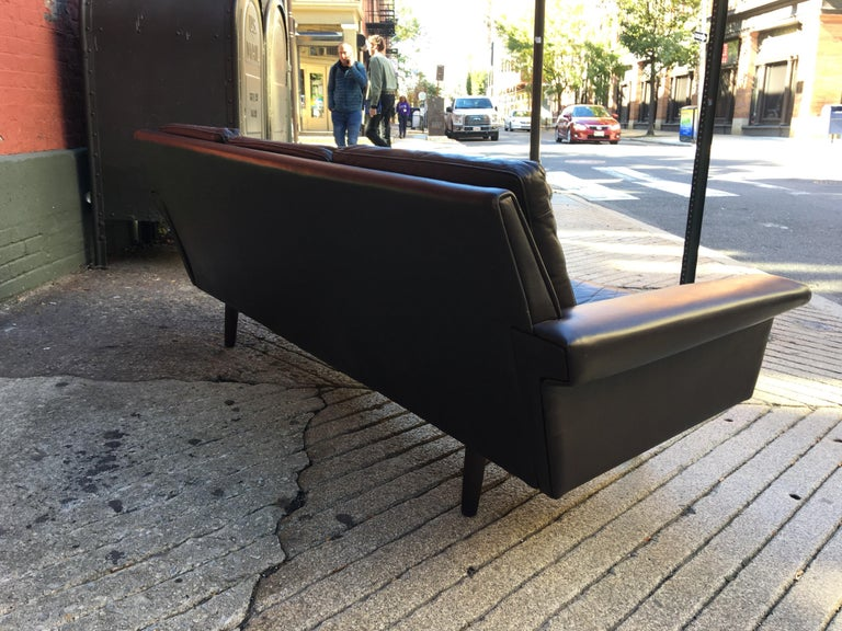 Georg Thams for Vejen Polstermobelfabrik Danish Leather Sofa For Sale 1
