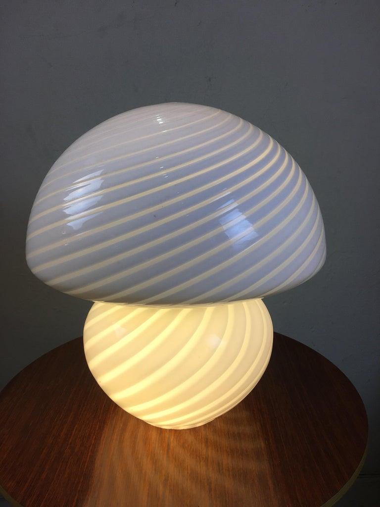Gino Vistosi Murano Swirled Pattern Glass Lamp For Sale 2