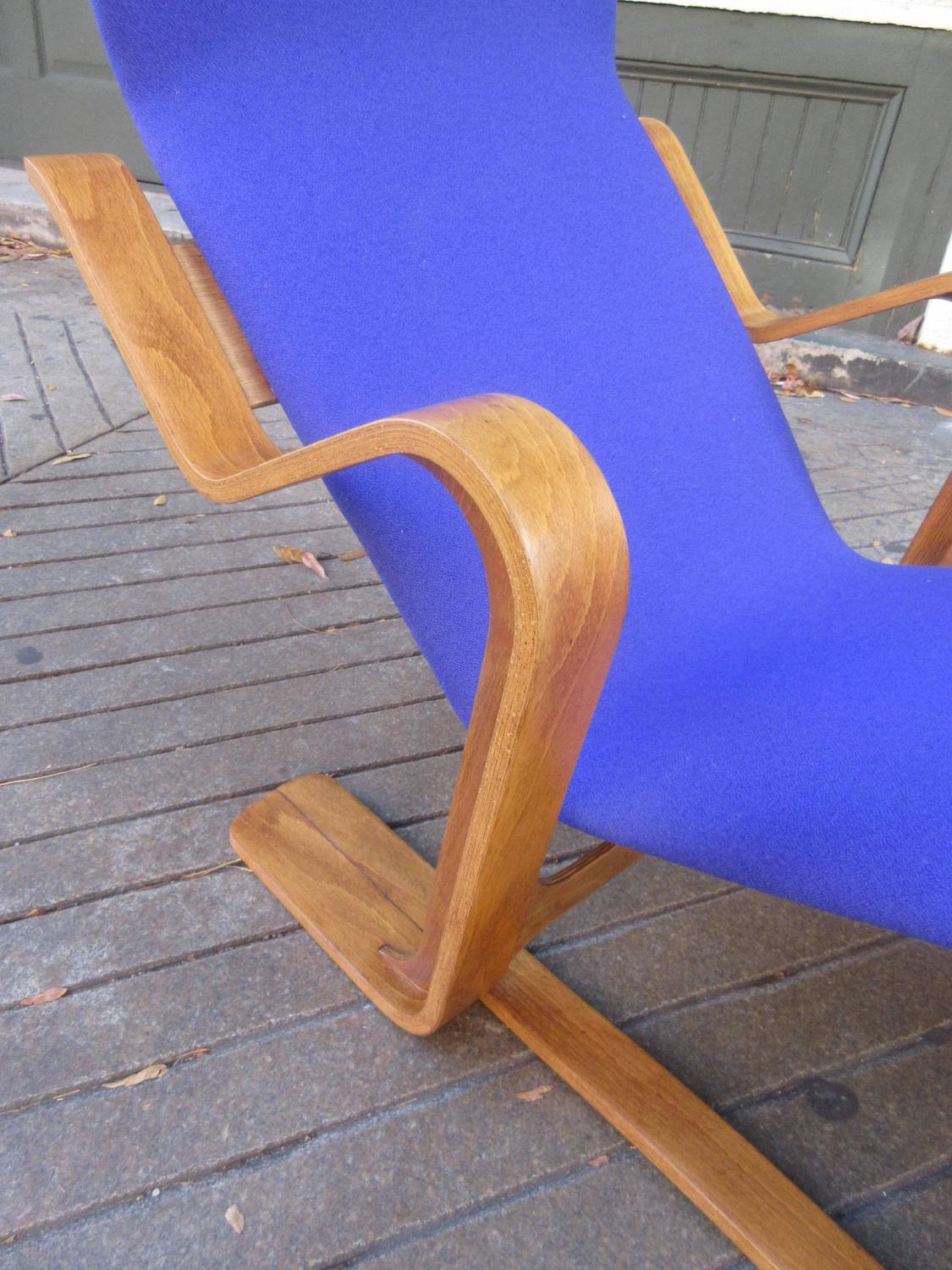 Marcel breuer for isokon modernist bent plywood chaise for Breuer chaise longue