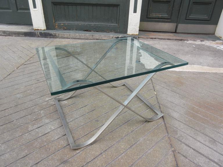 Mid-20th Century Barcelona Style X-Base Coffee Table in Stainless Steel and Glass For Sale