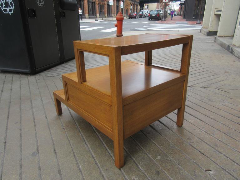 Mid-20th Century John Widdicomb for Widdicomb Stepped Side Table with Drawer in Honey Mahogany For Sale