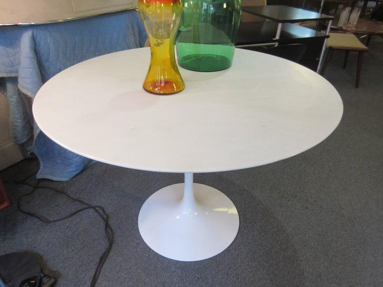 American Eero Saarinen Knoll Marble Dining Table For Sale