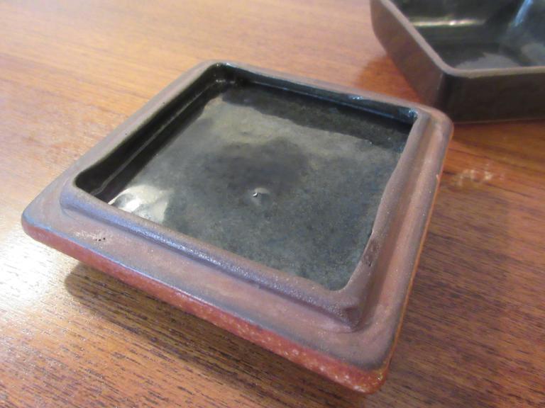 design technics lee rosen ceramic box for sale at 1stdibs. Black Bedroom Furniture Sets. Home Design Ideas