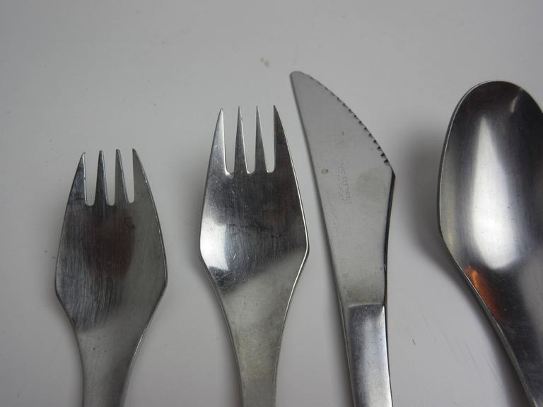Set of Eight Oxford Hall Venus Flatware Set 4