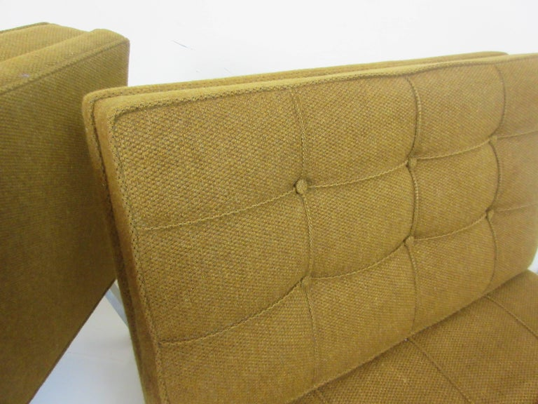 Pair of Slipper Chairs in the Manner of Florence Knoll 3