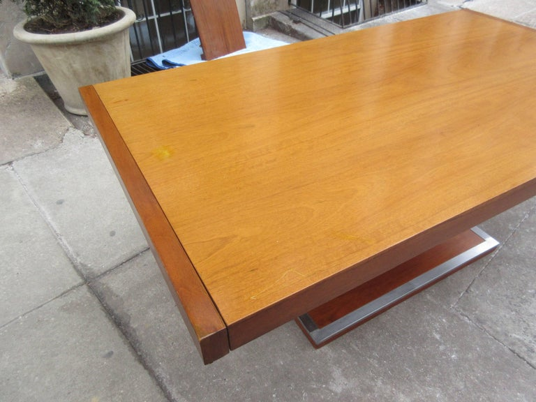 Mid-Century Modern Founders Dining Table by Milo Baughman For Sale