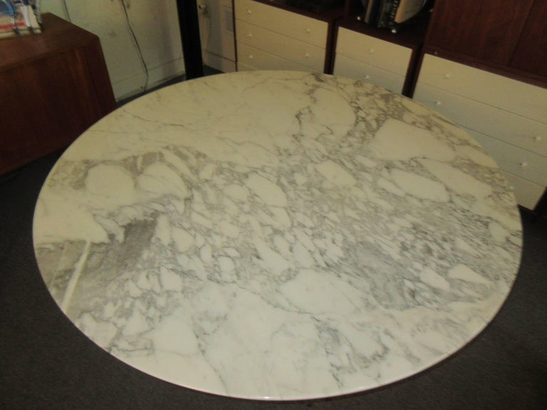 Eero Saarinen for Knoll Arabescato Marble Dining Table 2