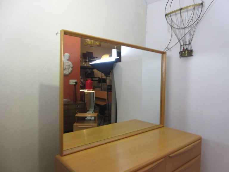 Mid-Century Modern Heywood Wakefield Encore Dresser with Mirror  For Sale