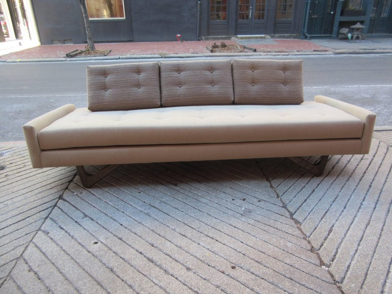 Mid-Century Modern Adrian Pearsall Gondola Sofa for Craft Associates For Sale