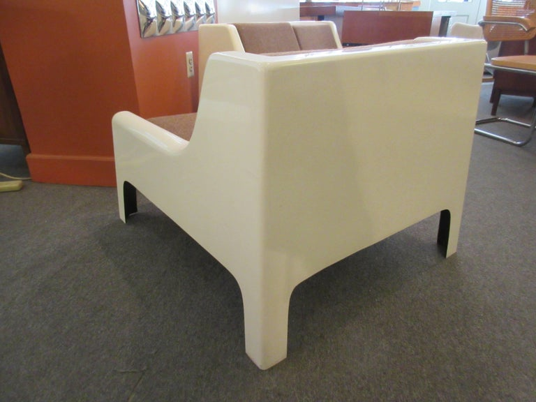 Mid-20th Century Cappellini 1960s Fiberglass Sofa and Chair For Sale