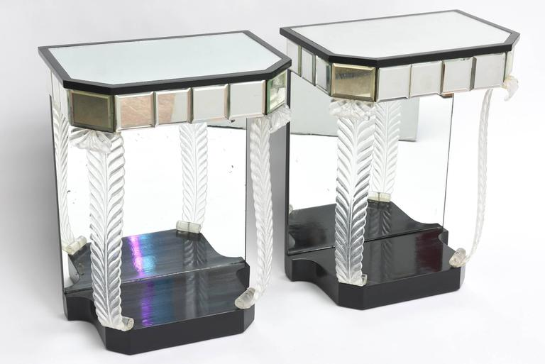 Designed by Loron Jackson for Grosfeld House.
