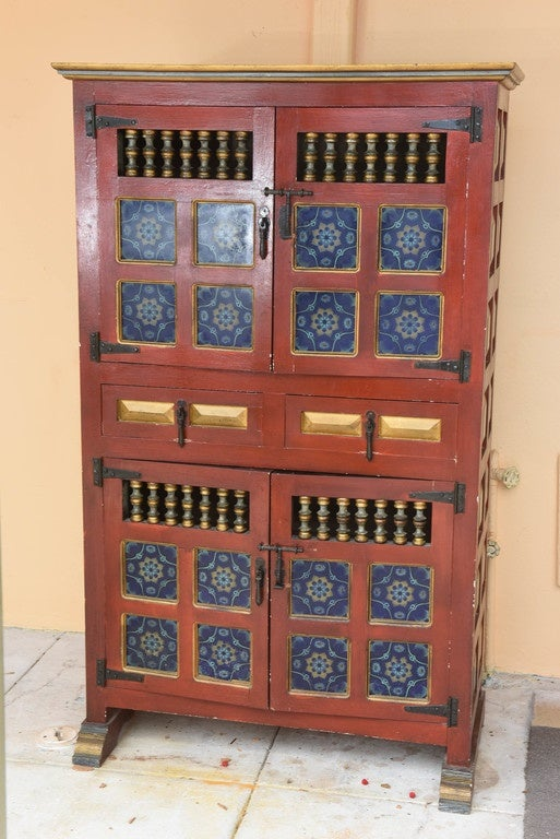 Spanish Hand Painted Antique Kitchen Cupboard With Blue Tiles 2