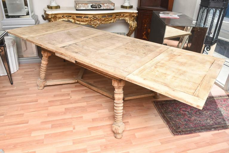 1900 S Draw Leaf Continental Bleached Out Oak Dinning