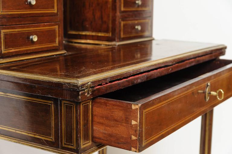19th Century French Lady Mahogany Writing Desk For Sale 1