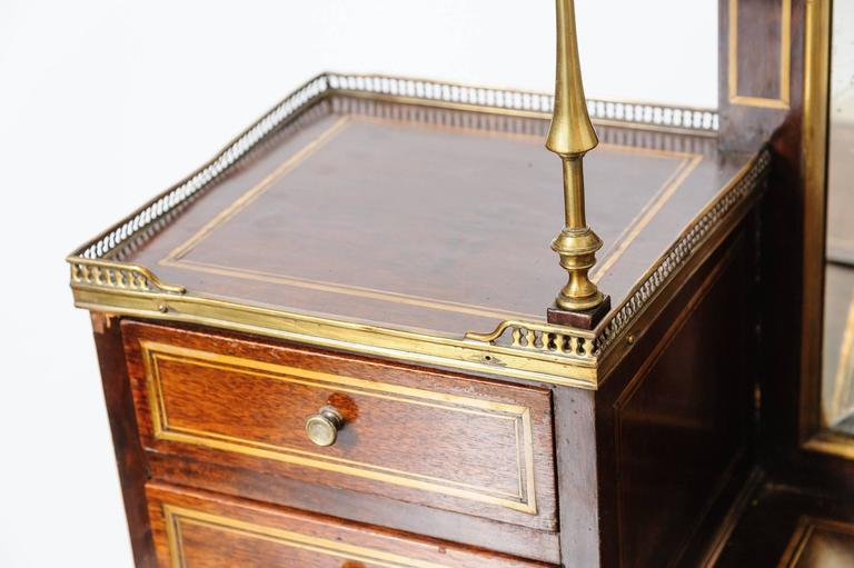 19th Century French Lady Mahogany Writing Desk For Sale 3