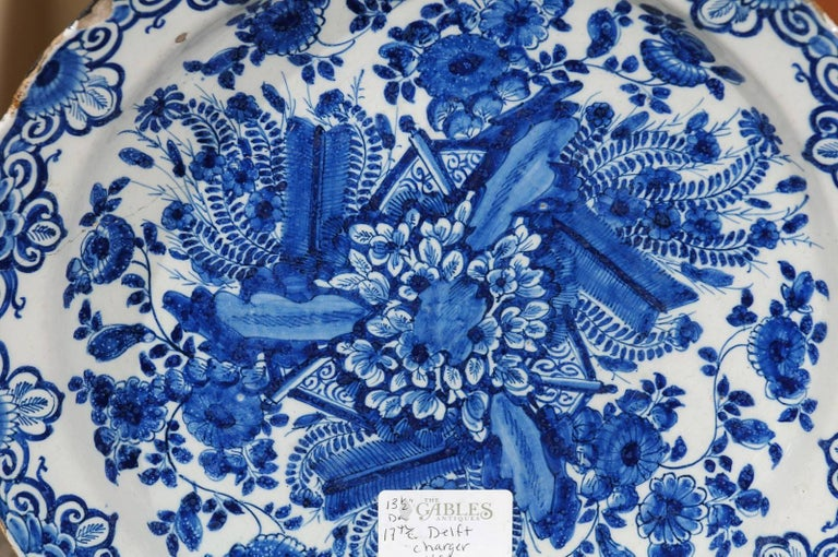 17th Century Blue Delft Charger, circa 1690 For Sale 2