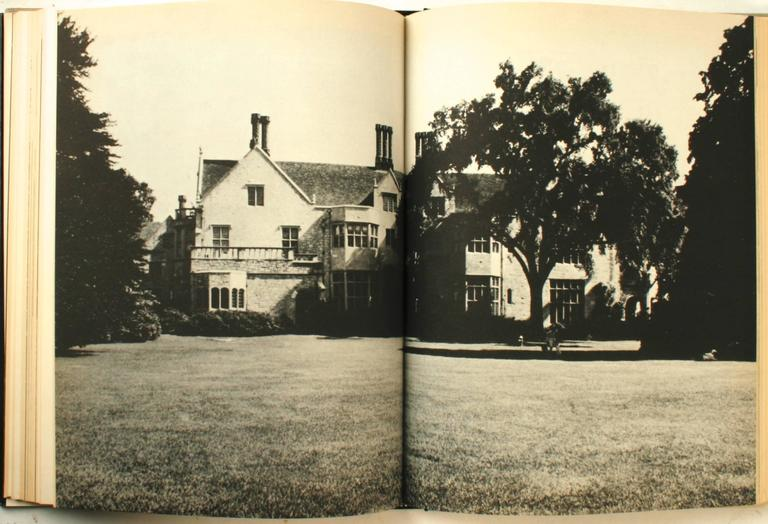 20th Century Beaux-Arts Estates, A Guide to the Architecture of Long Island, First Edition For Sale