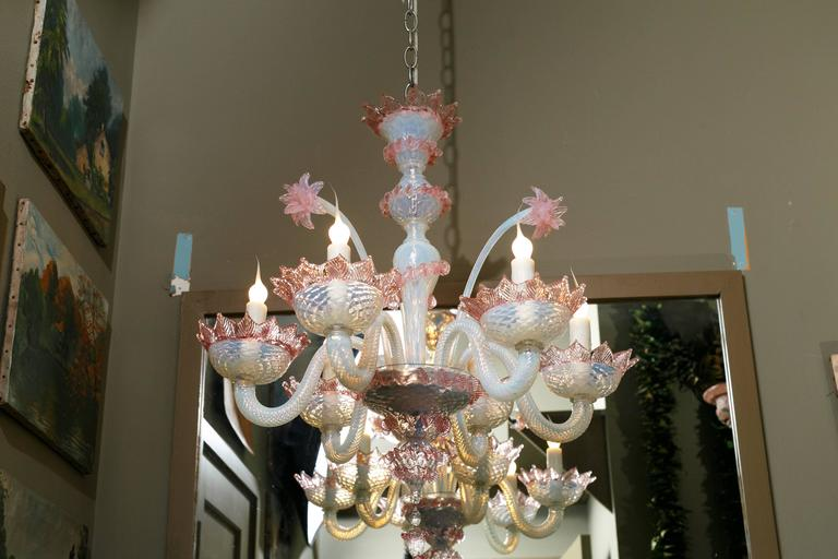 Hand-Crafted Pink and White Murano Blown Glass Chandelier with Flowers, circa 1940 For Sale