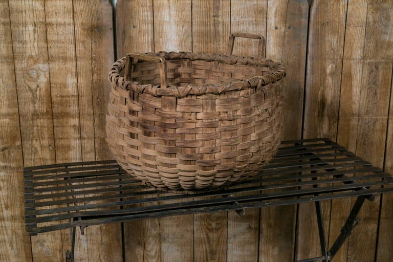 American Large Antique Round Woven Wood Basket with Square Handles, circa 1910 For Sale